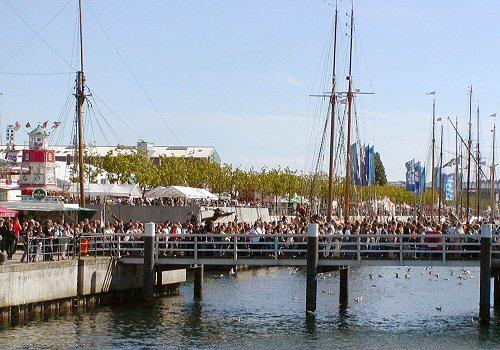 Kieler Woche 2008, Leute auf der Hörnbrücke, RThiele